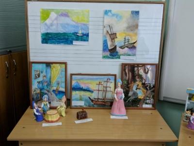 Работы учащихся класса керамики и работы класса живописи